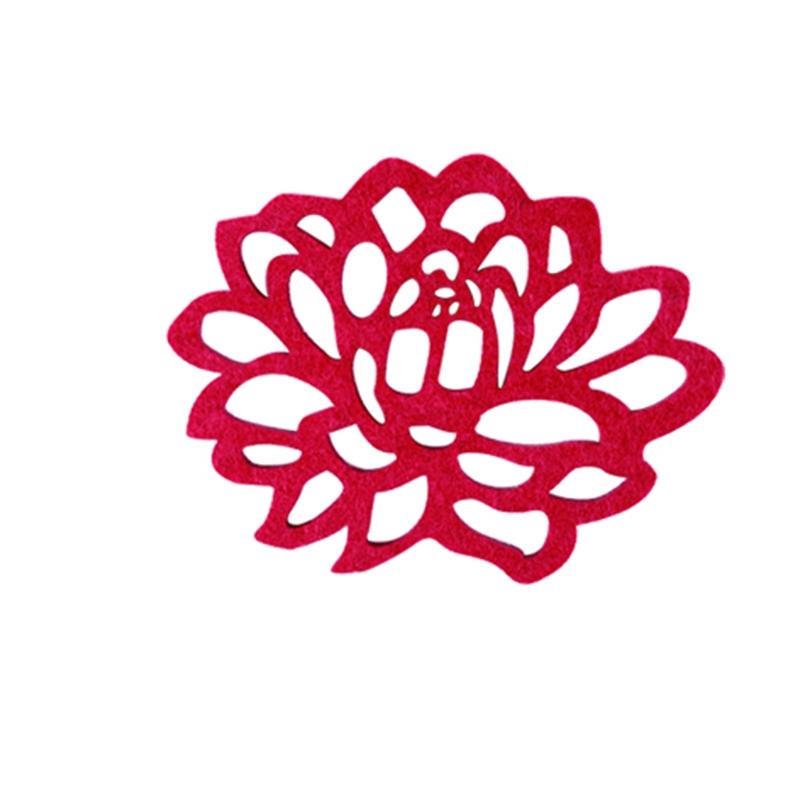 手绘红色莲花素材